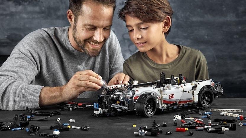 這種LEGO經典款都好貴好貴,並且你要很難買到